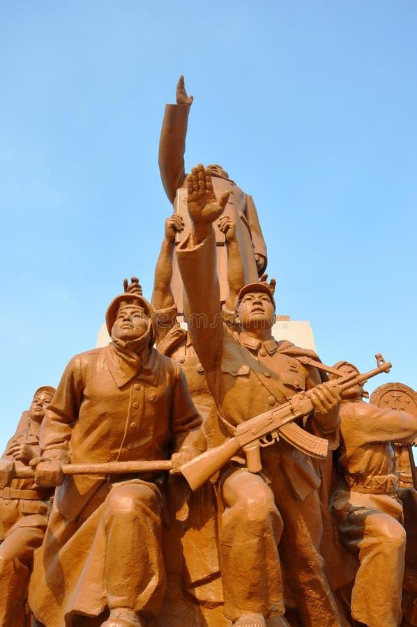 Estatuas de los trabajadores y de los soldados, Shenyang, China imagen de archivo libre de regalías