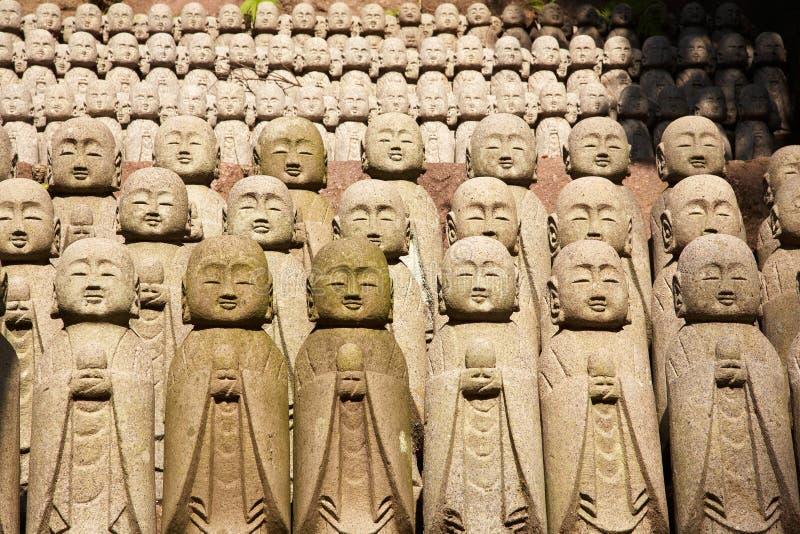 Estatuas de piedra de los monjes fotos de archivo libres de regalías