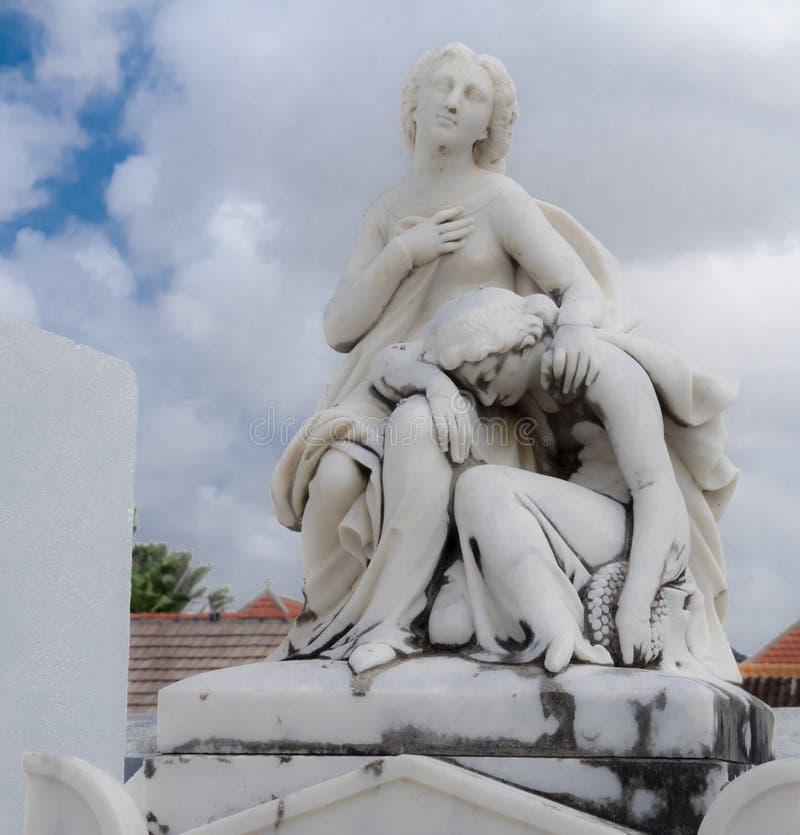 Estatuas del cementerio de Scharloo fotografía de archivo libre de regalías