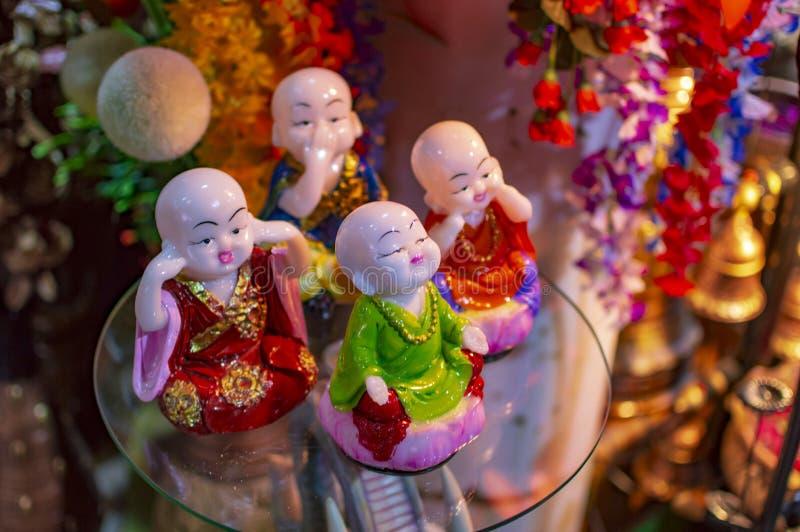 Estatuas del Fengshui para el hogar y la decoraci?n imagenes de archivo