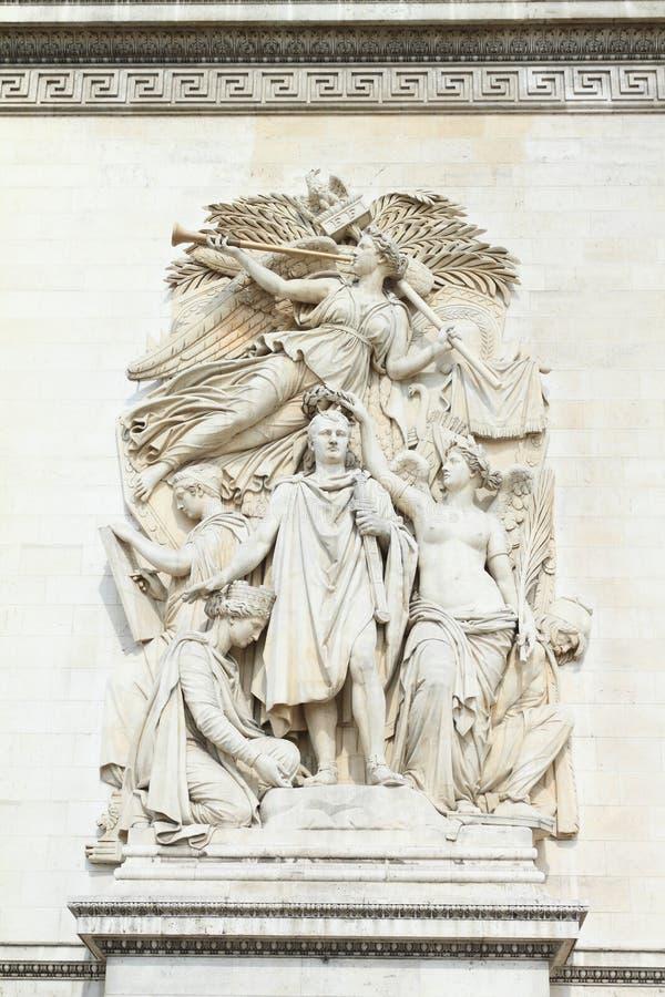 Estatuas en Arc de Triomphe imagen de archivo libre de regalías