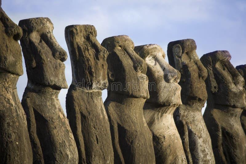 Estatuas en la isla de pascua fotos de archivo libres de regalías