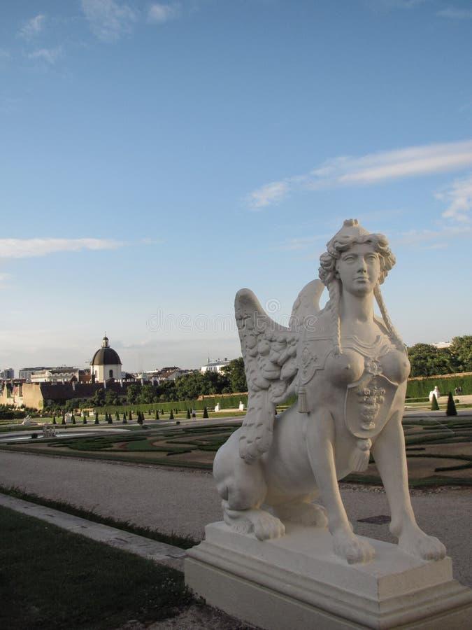 Estatuas en Viena fotos de archivo