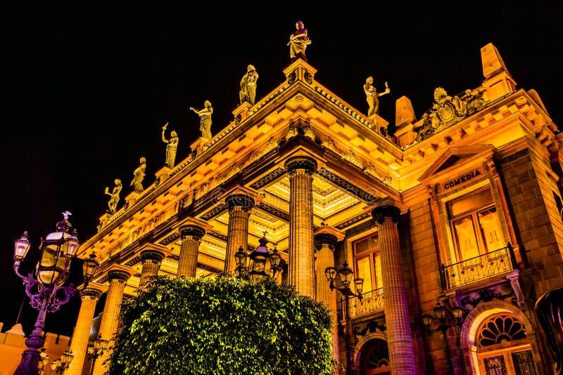 Estatuas Guanajuato México del teatro de Juarez imagen de archivo