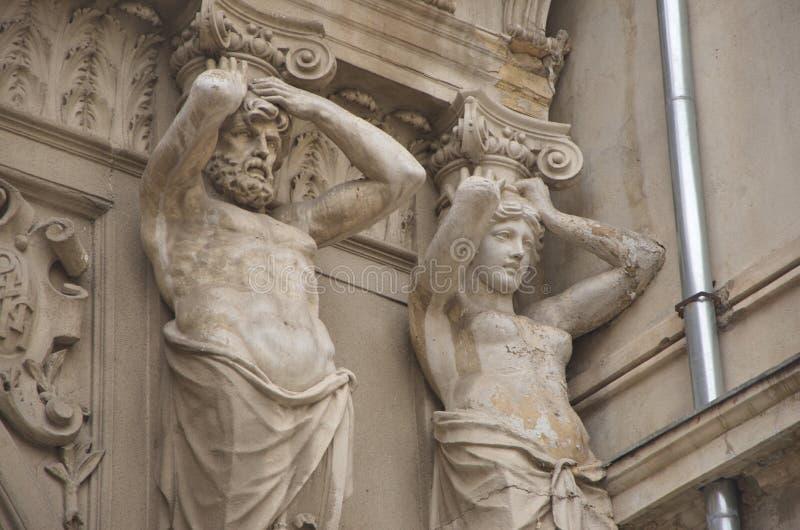 Estatuas ornamentales del paso Macca- Villacrosse, Bucarest imagenes de archivo