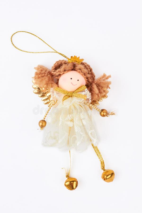 Estatueta bonito do anjo do Natal, fundo branco fotos de stock