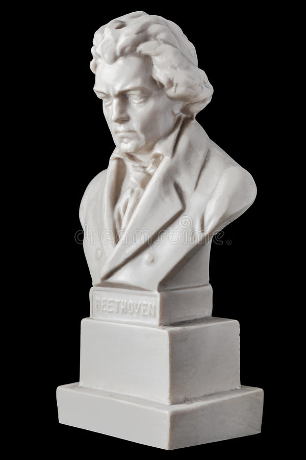 Estatueta de Beethoven isolada no fundo preto imagens de stock