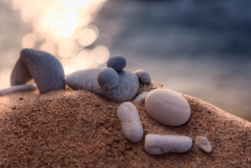 Estatueta na praia foto de stock