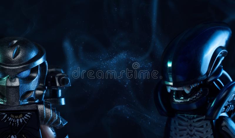 Estatuetas do filme de LEGO Alien fotografia de stock