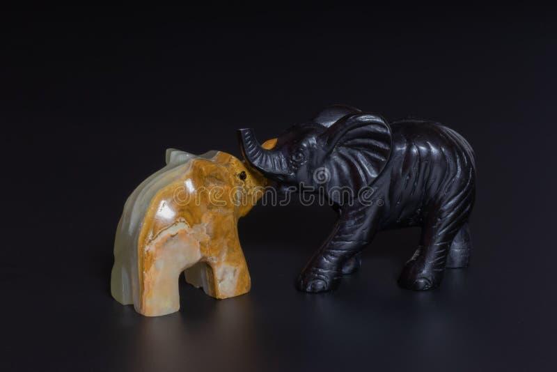 estatuillas de los elefantes fotografía de archivo libre de regalías