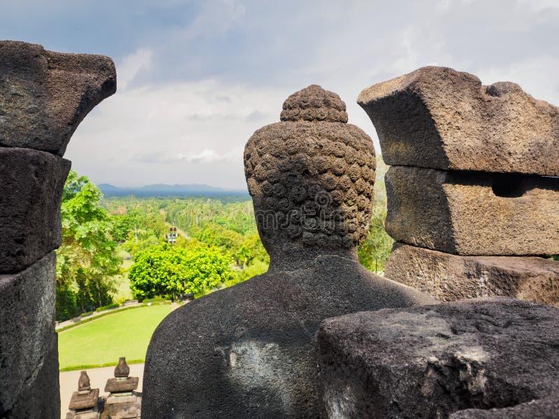 Estatura antiga da Buda em Indonésia imagem de stock royalty free