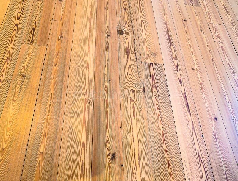 Este é um assoalho de madeira lustrado apropriado para o fundo fotos de stock