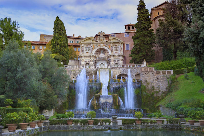 ` Este, Tivoli della villa d la maggior parte della destinazione di viaggio popolare nel Lazio fotografia stock libera da diritti