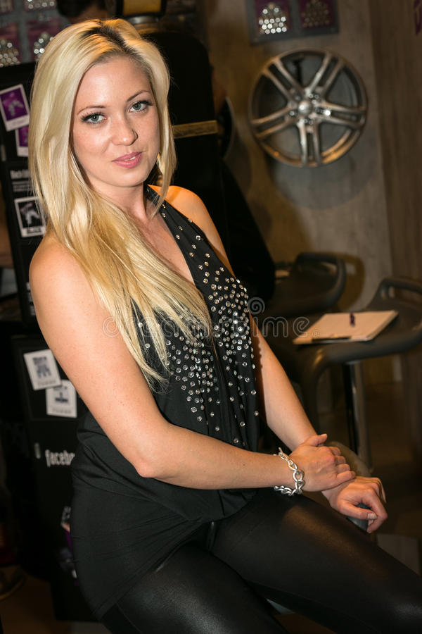 madison topless on howard stern
