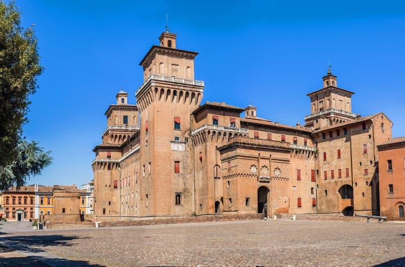 Estense slott av Ferrara Emilia-Romagna italy fotografering för bildbyråer