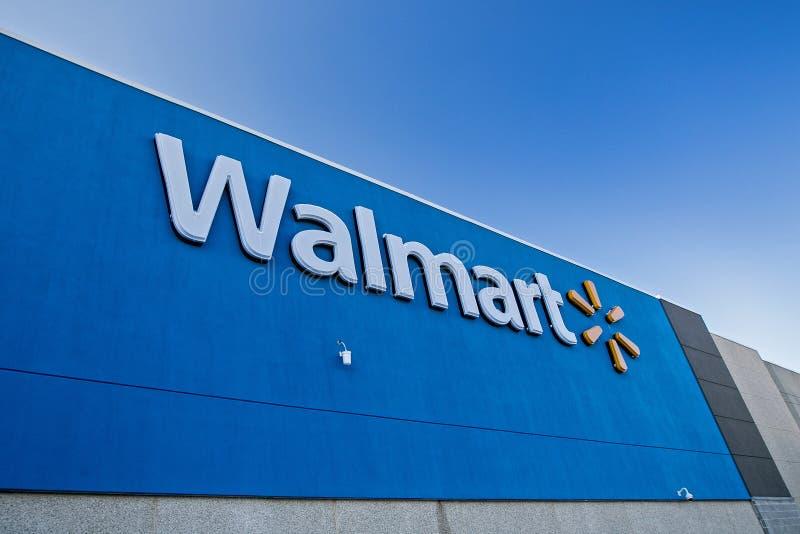 Esterno del deposito di Walmart fotografia stock libera da diritti
