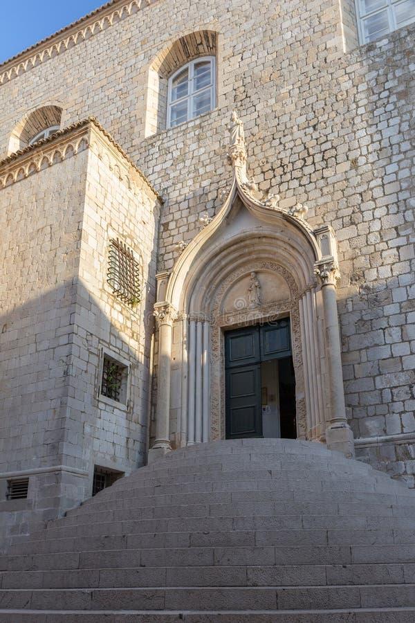 Esterno del monastero domenicano in Ragusa immagini stock libere da diritti