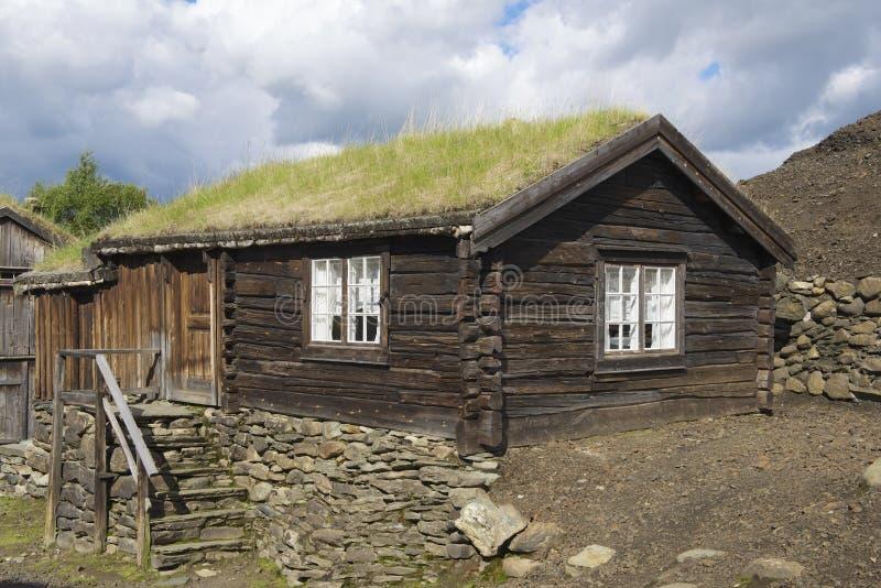 Esterno della casa in legno tradizionale della citt delle for Casa in legno tradizionale