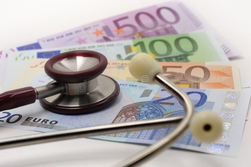 Estetoscópio e euro fotos de stock