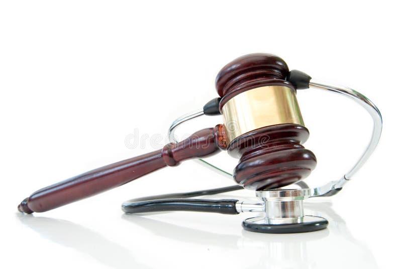Estetoscópio e gavel dos juizes imagem de stock royalty free