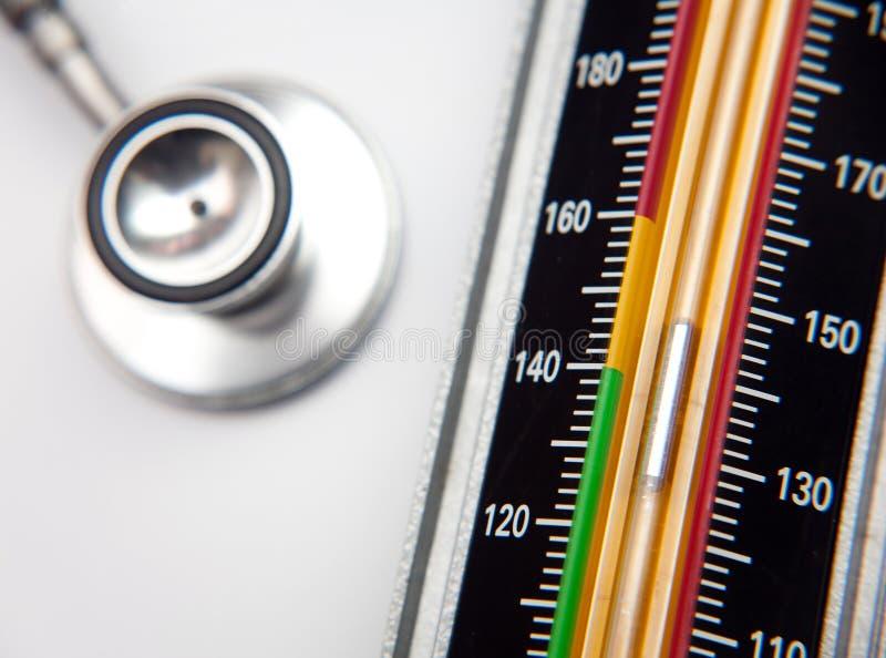 Estetoscopio y sphygmomanometer médicos imagen de archivo libre de regalías