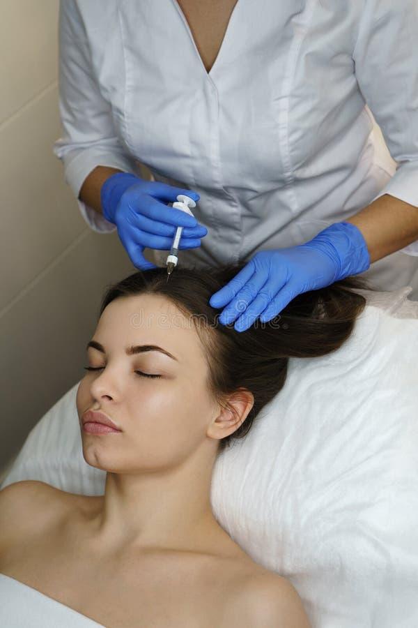 Estetyczna kosmetologia Twarzy dźwignięcie obrazy royalty free