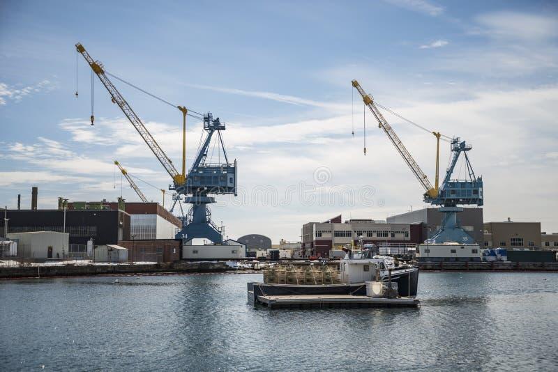 Estibadores de la marina de guerra de los E.E.U.U. en Portsmouth NH imágenes de archivo libres de regalías