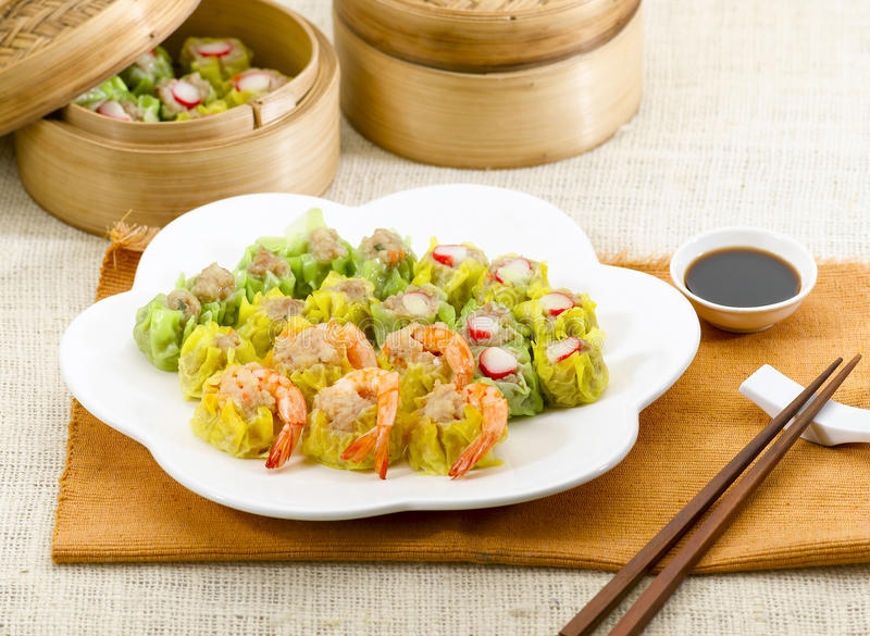 Estilo chinês do alimento da soma não ofuscante do camarão fotos de stock