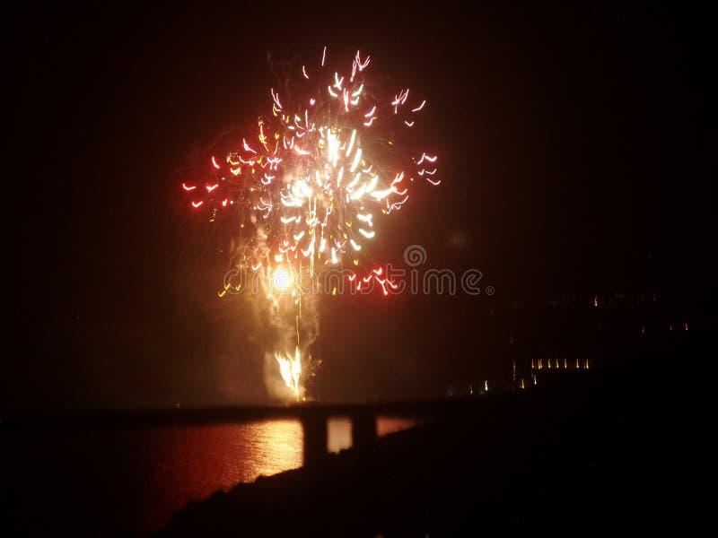 Estilo das caraíbas dos fogos-de-artifício da água, uau imagem de stock