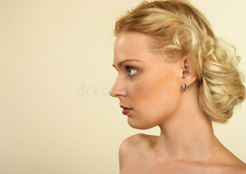 Estilo de cabelo retro. imagem de stock