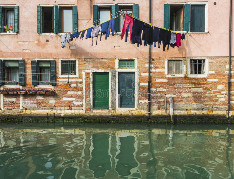 Estilo de Veneza da lavanderia fotos de stock
