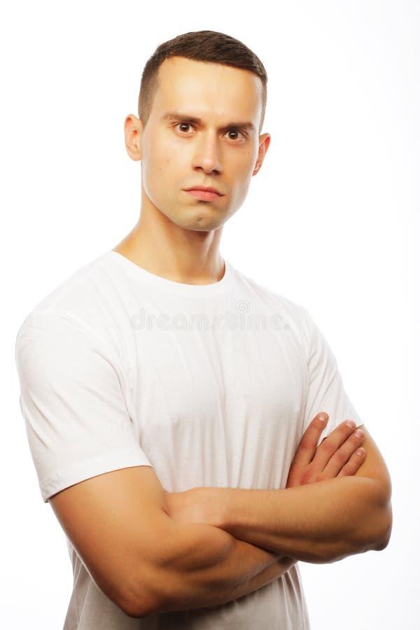Estilo de vida e conceito dos povos: t-shir branco vestindo do homem considerável fotos de stock royalty free