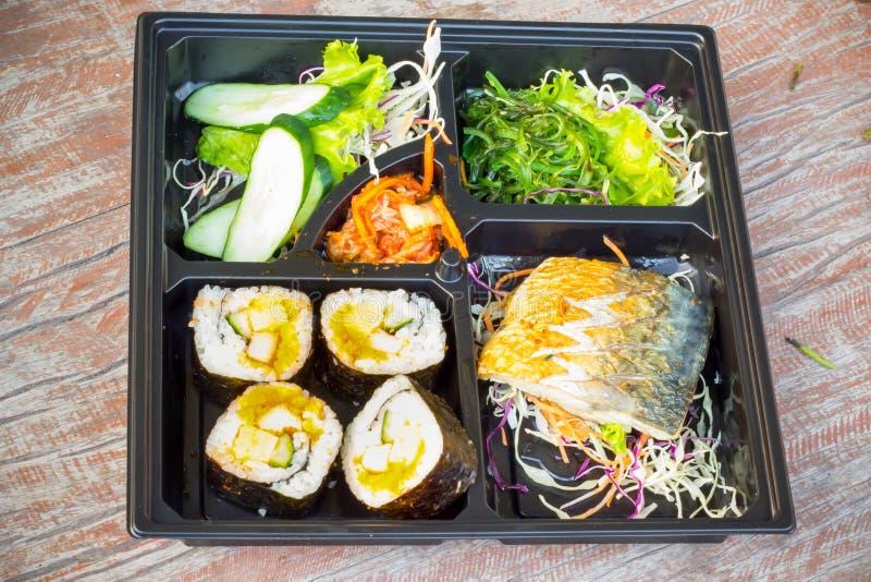 Estilo japonés de la caja del almuerzo de Bento fotografía de archivo libre de regalías