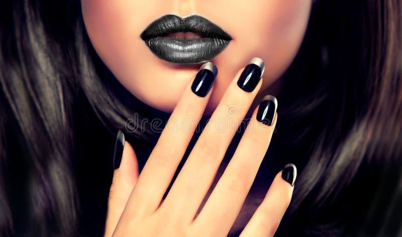 Estilo, manicura, cosméticos y maquillaje de lujo de la moda foto de archivo libre de regalías