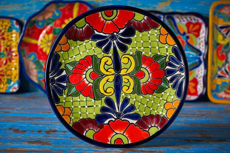 Estilo mexicano de Talavera de la cerámica de México imagen de archivo libre de regalías