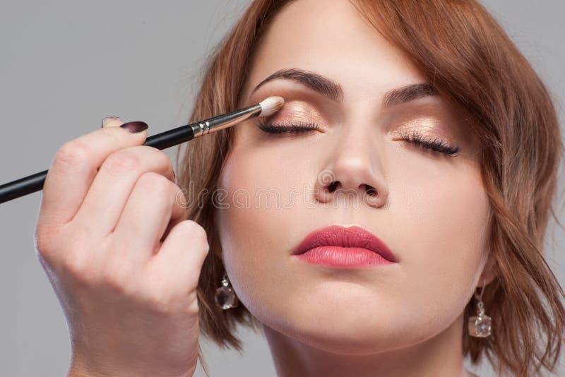 Estilo modelo de la belleza Tutorial desnudo del maquillaje foto de archivo libre de regalías
