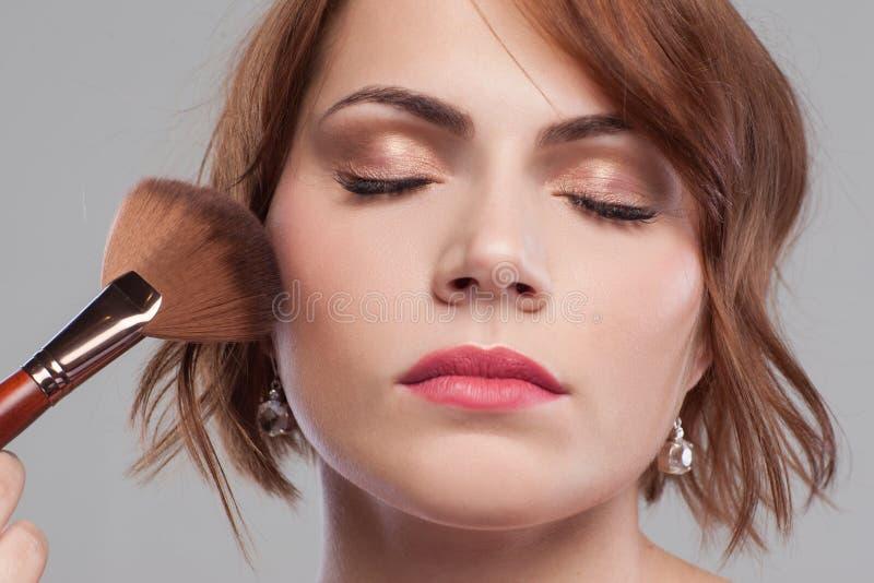 Estilo modelo de la belleza Tutorial desnudo del maquillaje fotografía de archivo