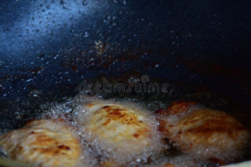 Estilo profundo de Fried Pork Thai imagem de stock royalty free