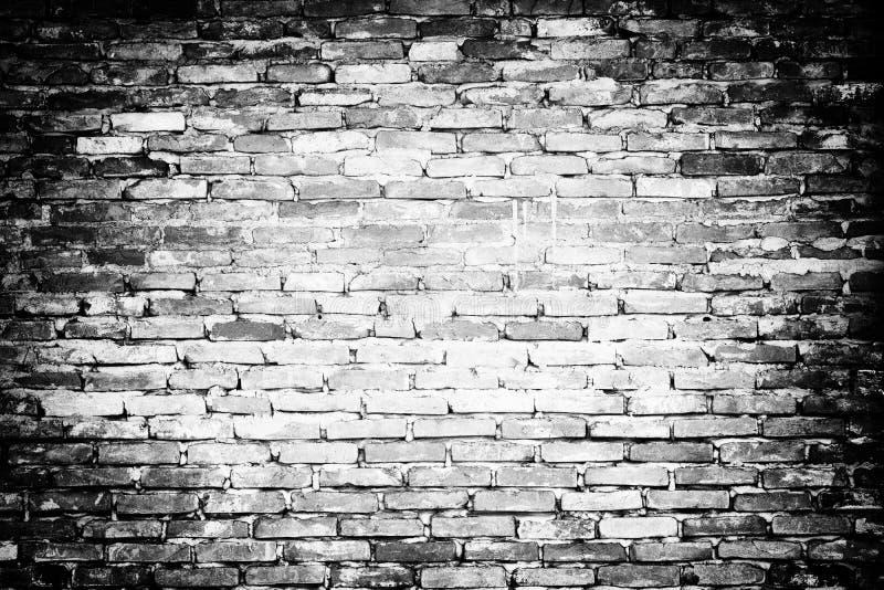 Estilo retro da parede de tijolo velha, preto e branco foto de stock royalty free