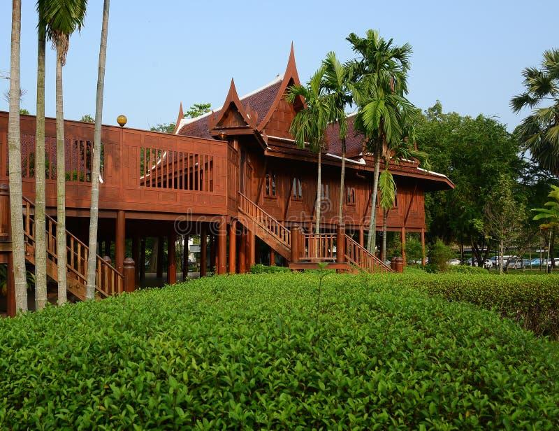 Estilo tailandés de la casa fotografía de archivo