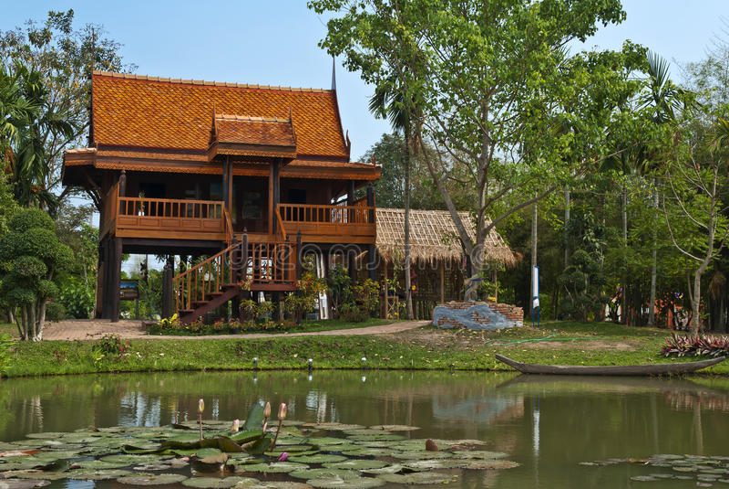 Estilo tailandés de la casa, Tailandia imagenes de archivo