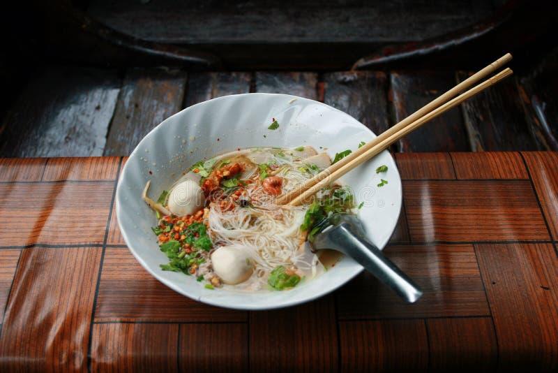 Estilo tailandês do macarronete imagem de stock