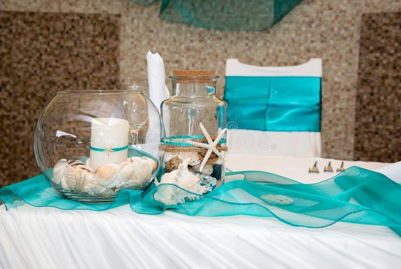 Estilo tropical de las decoraciones de la boda, flores nupciales mar y arco del estilo del océano, foco de abastecimiento de la c fotografía de archivo libre de regalías