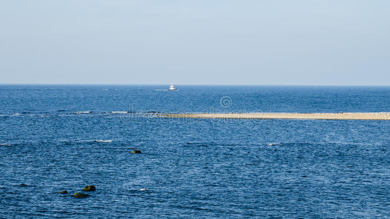 EstländareÖstersjön kust royaltyfria foton