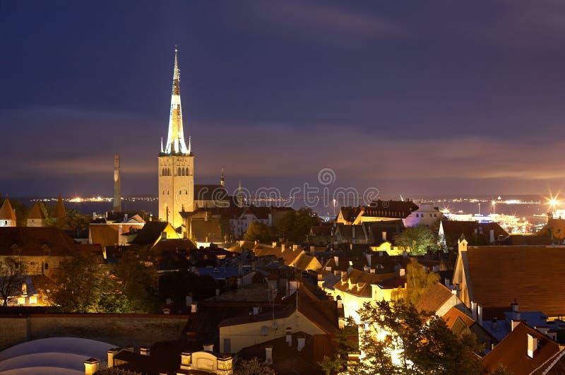 Estonia, Tallinn, nocy Stary miasteczko obrazy royalty free