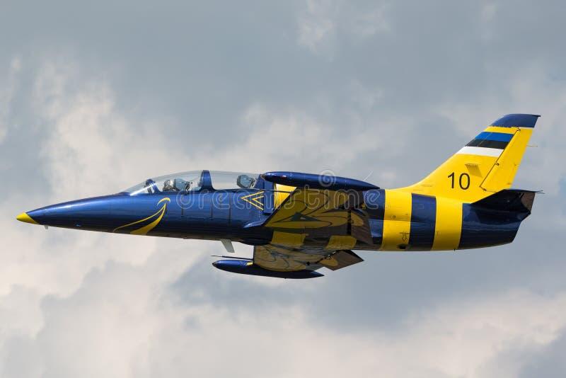 Estonian Air tvingar flygplan för instruktören för den Eesti Ohuvagi Aero L-39C albatrossstrålen arkivbild