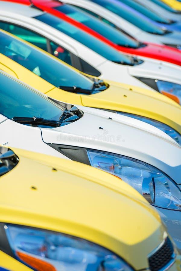 Estoque colorido dos carros fotos de stock royalty free