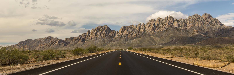 Estrada às montanhas do órgão foto de stock