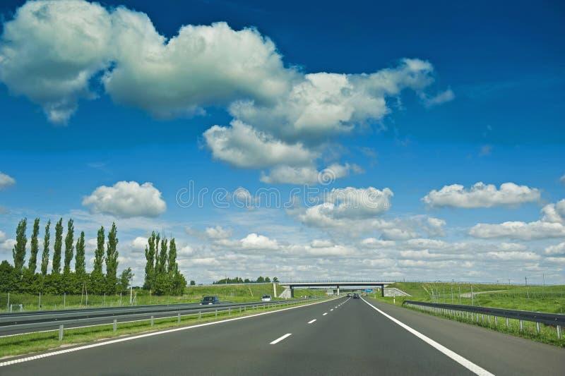 Download Estrada imagem de stock. Imagem de motorway, rápido, fundo - 26516747