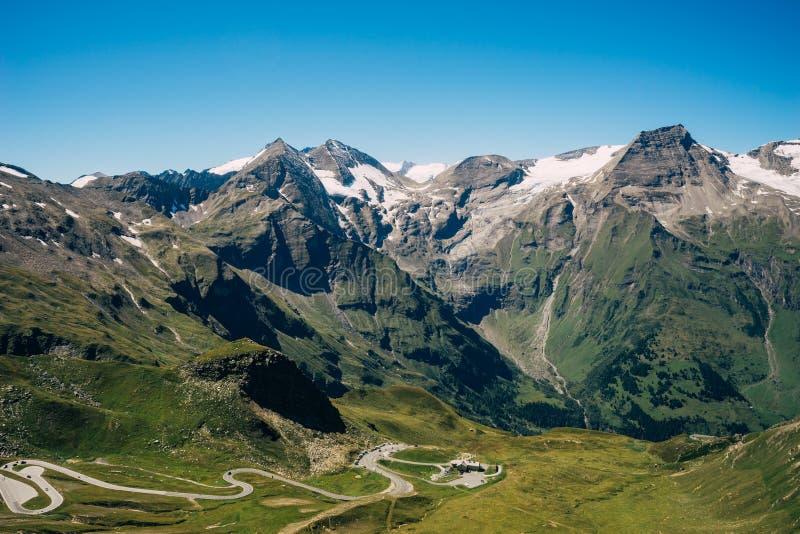 Estrada alpina alta de Grossglockner, Áustria fotos de stock royalty free